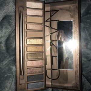 Naked Eye Shadow Palette